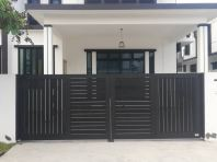 TRACKLESS FOLDING GATE