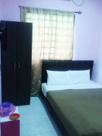 Double Bedroom with wardrobe (2 Person)