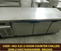 USED : 902-522 3DOOR COUNTER CHILLER