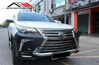 Toyota Fortuner Lexus V2 style bodykit