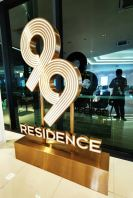 'JL99 Residence' Gold Stainless Steel Steel Box Up