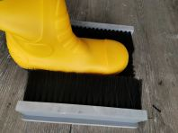 BOOTS SCRUBBER (1)
