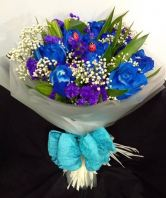 Blue Roses hand bouquet (HB-667)