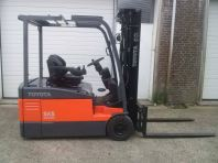 Toyota Battery Forklift 7FB20 - 3 wheeler