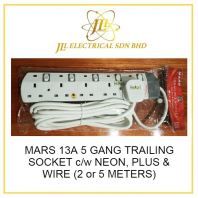 MARS 13A 5 GANG TRAILING SOCKET c/w NEON, PLUS & WIRE (2 or 5 METERS)