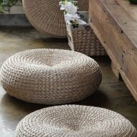 GRASS FLOOR STOOL