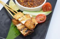 S12 Thai Style Salmon Skewers (3pcs)