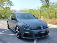 2013 Volkswagen Golf R 2.0 Sunroof