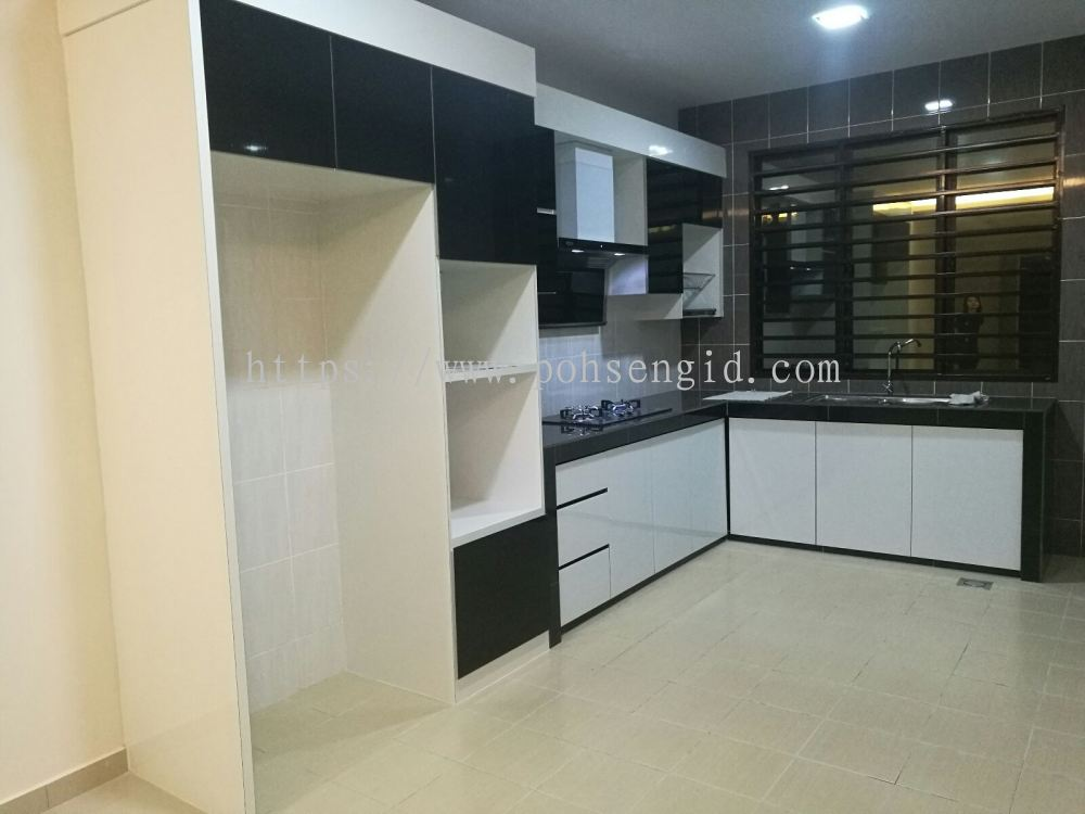 Negeri sembilan 4g black white series kitchen cabinet for Kitchen cabinets 4g